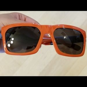 NWOT IVI Giving Sunglasses Orange New With Case